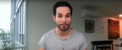 VIDEO: Skylar Astin & Kelly Clarkson Agree 'A Moment Like This' Is Difficult To Sing Video