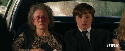 VIDEO: See Amy Adams & Glenn Close in the Trailer for HILLBILLY ELEGY