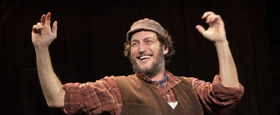 BWW Review: An Exuberant FIDDLER ON THE ROOF at the National Theatre