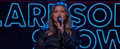 VIDEO: Kelly Clarkson Covers 'Nothing Compares 2 U'