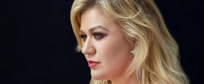 Kelly Clarkson to Host the 2020 BILLBOARD MUSIC AW­ARDS
