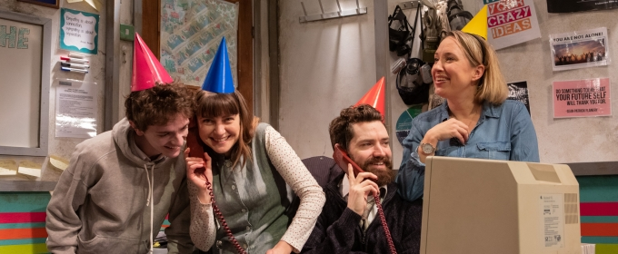 BWW Review: YOU STUPID DARKNESS!, Southwark Playhouse