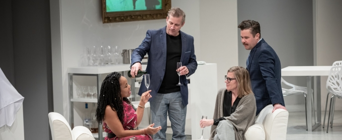 BWW Review: THE WHITE CARD at Penumbra Offers a Brainy Rollercoaster on Race and Art
