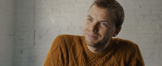 BWW TV Exclusive: Spencer Glass Falls In Love with AMOUR on It's the Day of the Show Y'all!