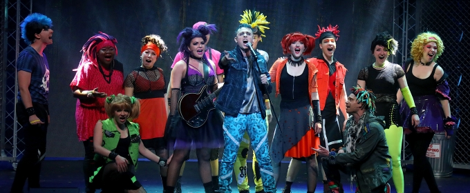 BWW Review: WE WILL ROCK YOU is a Rock-Theatre Extravaganza!