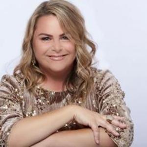 Jazzbaret Artist Lisa Donahey Performs In Palm Desert