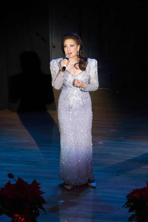 16th-Annual Christmas In Italy Comes to Carnegie Hall Starring Cristina Fontanelli