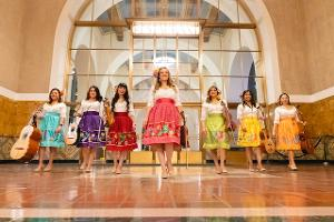 VERSOS Y BESOS WITH LAS COLIBRI to be Presented by Metro Art and The Autry