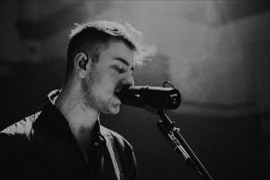 Tom Auton Will Release New Single 'Victim of the Groove'
