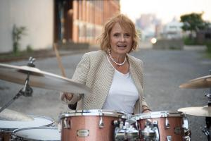 Tedi Brunetti To Release New Album THE QUEEN OF PITTSBURGH