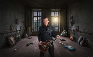 Joe Hodgson Releases Instrumental New Single 'Till The Last Breath'