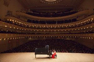 Pianist Rosa Antonelli to Host Concert at Carnegie Hall – Part 2 Online