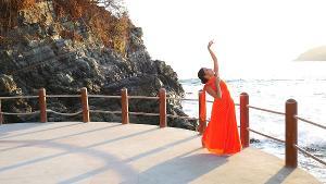 Michele Brangwen Dance Ensemble Presents TO YOUR CONSTANT EMBRACE, THE CLOUD STREAM SWAYS
