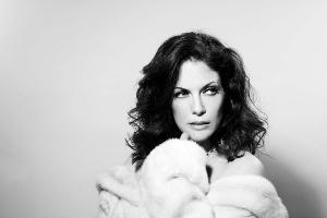 Hilary Kole Announces New Album SOPHISTICATED LADY
