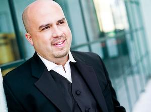 Joseph Mechavich Will Conduct THE BARBER OF SEVILLE At Minnesota Opera