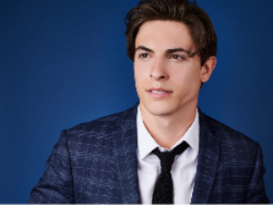 AN EVENING WITH DEREK KLENA Announced At Martinis Above Fourth In San Diego