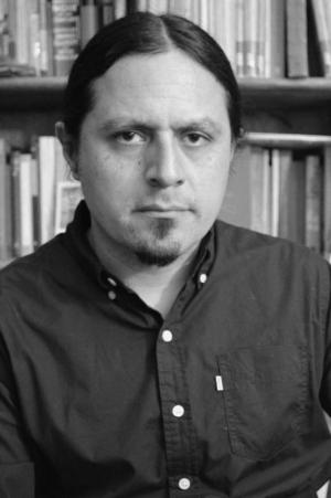 Alejandro Arteaga Obtuvo El Premio Bellas Artes De Minificción Edmundo Valadés 2019 Por Su Libro Biblioteca Mínima