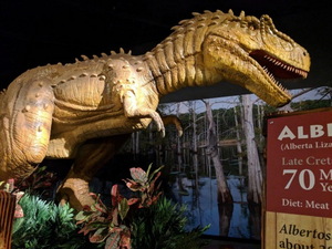 Graceland Exhibition Center Presents Space and Dinosaur Exhibits