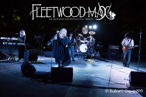 Rock The Raue With Fleetwood Max
