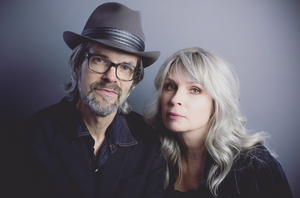 OVER THE RHINE Celebrates AN ACOUSTIC CHRISTMAS At The Lincoln