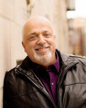 Steve Cochran's New Year's Eve Comedy Show Returns To Raue Center