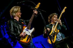 Daryl Hall & John Oates Announced At The Blaisdell Arena!