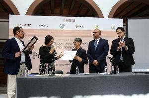 Pura López Colomé Recibió El Premio Bellas Artes Inés Arredondo Por Su Amplia Ruta Literaria
