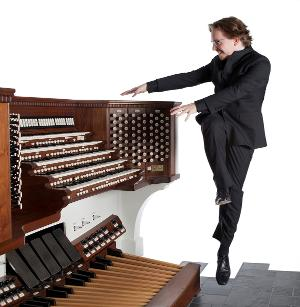 Organist Felix Hell Comes to St. Andrew UMC