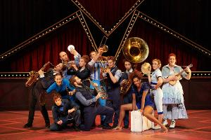 Cirque Eloize Hotel Brings Its 25th Anniversary Show To The Soraya For Two Performances Only