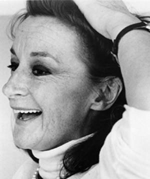Four-Time Tony Award Winner Zoe Caldwell Dies At 86