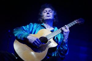 Guitarist Pierre Bensusan Comes to Asheville On 2020 USA Tour