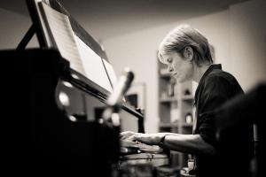 Oscar-Winning Composer Rachel Portman Releases New Track 'Much Loved