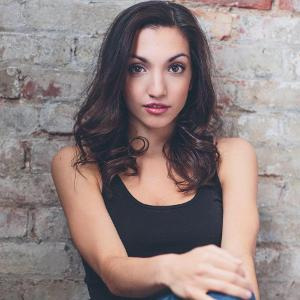 Julia Macchio Joins SESSIONS WITH THE STARS Wednesday At 4 PM
