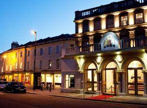 Theatre Royal Bath To Reopen This Autumn With The Welcome Back Season Of Plays