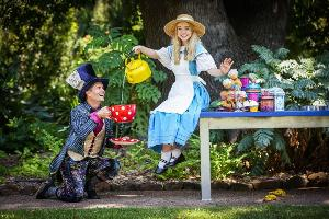 Join Alice As She Explores Wonderful Wonderland At The Athenaeum Theatre These Summer School Holidays