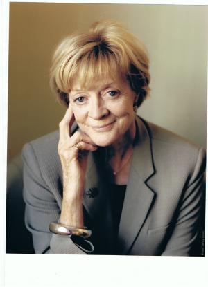 Dame Maggie Smith and Kathleen Turner Will Appear in Conversation With Gyles Brandreth