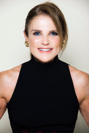 Tovah Feldshuh Discusses New Memoir On THEATER: ALL THE MOVING PARTS This Friday