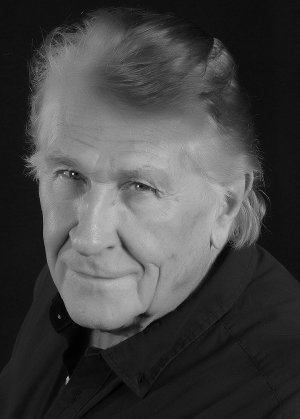 World-Renowned Opera Star, Sherrill Milnes, Unveils Online Opportunity for Artists Around The World