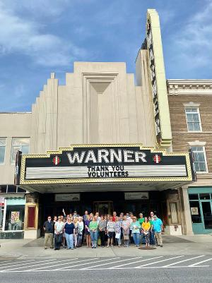 Warner Theatre Welcomes Back Volunteers!