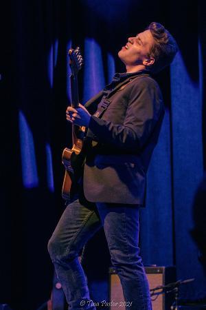 Award Winning Blues Guitarist, Gabe Stillman, To Make Debut At Daryl's House