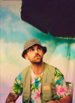 SonReal Releases New Single 'bananas' Single