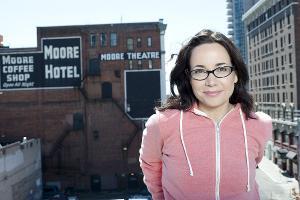 The Den Theatre Presents Comedian Janeane Garofalo