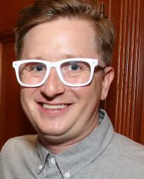 Kyle Jarrow Headshot