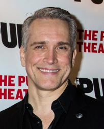Mike McGowan Headshot