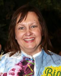 Jennifer Allen Headshot