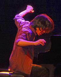 Taka Kigawa Headshot