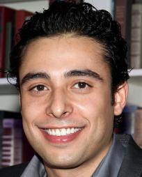 Manuel Herrera Headshot