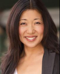 Lainie Sakakura Headshot