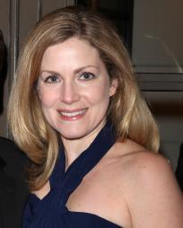Christine Lindsay Headshot