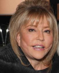 Rita McKenzie Headshot